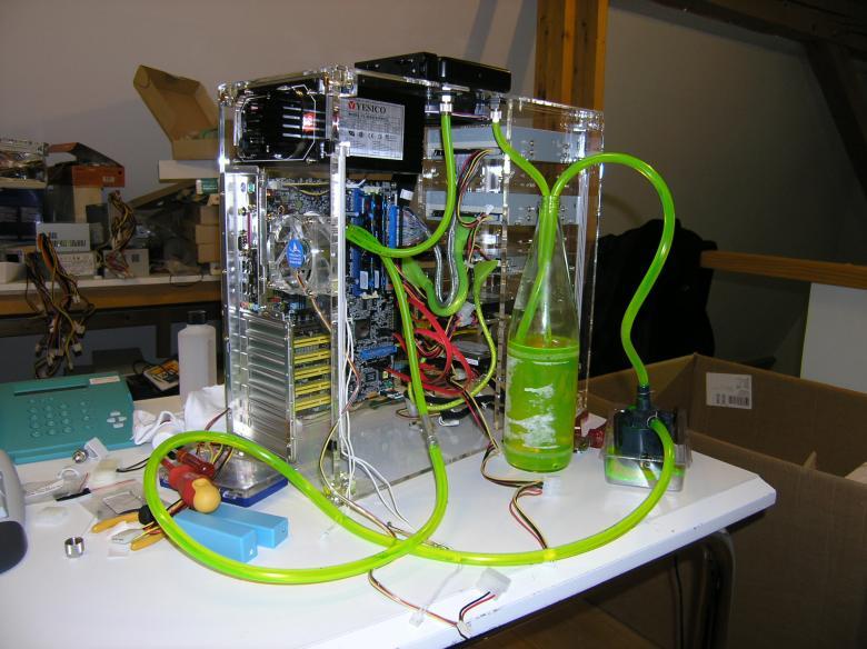 HILOTEC: Datensysteme: Zusammenbau eines wassergekühlten ...